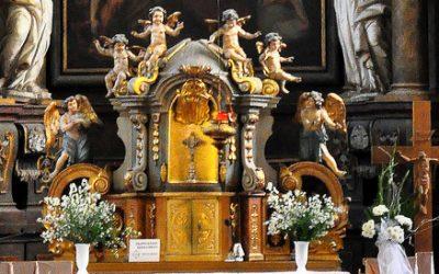Przygotuj się do Eucharystii. Jak lepiej uczestniczyć we Mszy świętej?